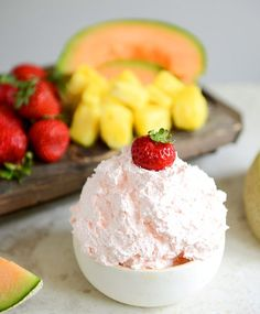 Three Ingredient Fruit Dip : Cool Whip, Instant Coconut Cream Pudding Mix, & a few tablespoOns of Coconut RUM! (can add a drop or 2 of pink food coloring for effect) ~ A little naughty with your healthy fruit snack sounds perfect! Fruit Dips, Fruit Recipes, Dip Recipes, Dessert Recipes, Cooking Recipes, Fruit Platters, Cooking Tips, Easy Desserts, Delicious Desserts