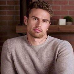 Theo James, Good Looking Actors, Celebs, Celebrities, Beautiful Boys, Cute Boys, Famous People, How To Look Better, Hubba Hubba