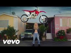 Calvin Harris - Outside ft. Ellie Goulding - http://maxblog.com/2704/calvin-harris-outside-ft-ellie-goulding/