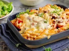 Tre hverdagsmiddager for deg som vil spise mindre kjøtt Macaroni And Cheese, Vegetarian, Ethnic Recipes, Food, Chili Con Carne, Mac And Cheese, Essen, Meals, Yemek