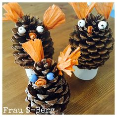 Frau S-Berg: Herbstliche Deko Berg, Arts And Crafts, Craft Ideas, Wreaths, Halloween, Paper, Nature, Kids, Home Decor
