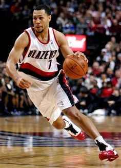 Could Brandon Roy be making a unbelievable comeback to the NBA?