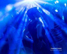 La #soirée #dansante donne l'occasion de faire des clichés aux tons pop - Emmanuel Baron - Complément d'Instant - Photographe de mariage - #mariage #wedding