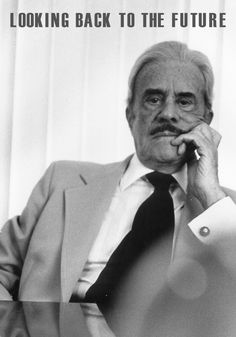 raymond loewy diseños - Buscar con Google Raymond Loewy, Back To The Future, Looking Back, Industrial Design, Designers, Icons, Google, Style, Architects