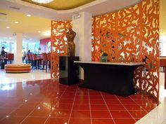 Hotel Urbano: Miami, Florida Lobby Check-in