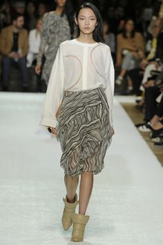 Chloé RTW Fall 2014 - Slideshow - Runway, Fashion Week, Fashion Shows, Reviews and Fashion Images - WWD.com