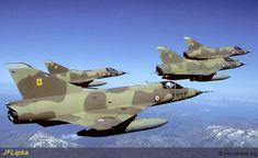 """""""Mirage III C"""" (DJ) du 3.10 ''Vexin'' de Djibouti en vol de convoyage retour en Juin 1988."""