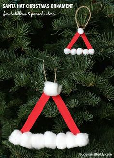 Santa Hat Christmas Ornament craft for kids using popsicle sticks! Easy DIY ornament using craft sticks and cotton balls for toddlers and preschoolers ! ~ http://BuggyandBuddy.com