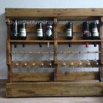 Instructions of how to make a wooden wine rack with pallets