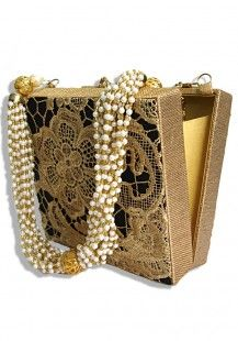 Pearls of treasure Clutch