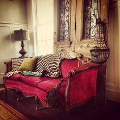tracy porter....swoon worthy!!! That couch!!