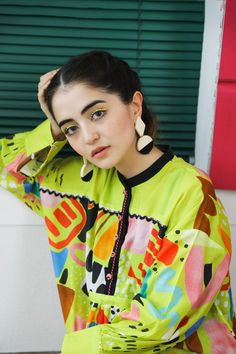 Pakistani Dresses Party, Simple Pakistani Dresses, Pakistani Fashion Casual, Pakistani Dress Design, Pakistani Outfits, Muslim Fashion, Elegant Dresses For Women, Stylish Dresses, Casual Dresses
