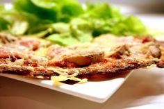 Une pâte fine Sans Gluten, Lasagna, Keto Recipes, Diet, Ethnic Recipes, Food, Pizza, Light Recipes, Cooking Recipes