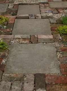 42 amazing DIY garden path and walkway ideas # Garden paths A beautiful garden path transforms your front yard, guides the garden odyssey, leads to crucial points in your garden and facilitates organization and control. Garden Paving, Garden Stepping Stones, Garden Steps, Garden Paths, Patio Steps, Brick Path, Stone Path, Brick Walkway, Gravel Walkway