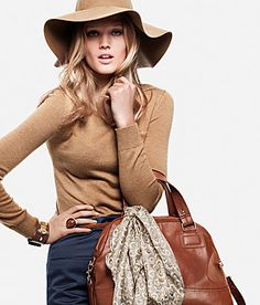 Leave it to my beloved H&M to put out a camel colored hat at an affordable price for fall. A must have.