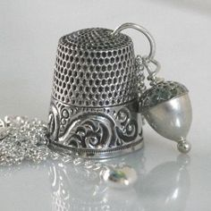 Sterling Silver Antique Thimble Necklace Sterling by HooliganAlley Vintage Sewing Notions, Antique Sewing Machines, Vintage Silver, Antique Silver, Vintage Jewelry, Art Fil, Sewing Equipment, Embroidery Tools, Sewing Box