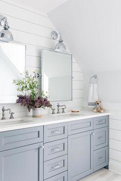 Amazing Useful Ideas: Small Bathroom Remodel White master bathroom remodel traditional.Bathroom Remodel Modern Lights bathroom remodel before and after shower. Diy Bathroom Decor, Bathroom Interior Design, Bathroom Ideas, Bathroom Designs, Bathroom Organization, Bathroom Vanities, Bathroom Storage, Decorating Bathrooms, Light Bathroom
