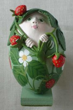 kunstige eieren Emu Egg, Carved Eggs, Egg Art, Egg Decorating, Egg Shells, Easter Eggs, Folk Art, Decoupage, Artisan