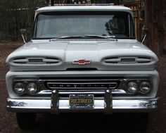 1961 CHEVY APACHE 10 SHORT BED PICKUP