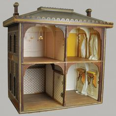 Antique open room large doll house..