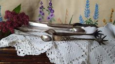 3-Antique-Vintage-Silver-Plated-Sugar-Tongs-Claw-Feet-Dixon-Bros-Wingfield