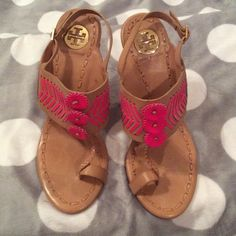 TORY BURCH TOE SANDAL HEELS HOT PINK & TAN NWOT TORY BURCH TOE SANDAL HEELS (worn several times to try on in the house, but never took outside!!!) size 8.5 tan and hot pink trim. Gold details. No box.These are super cute and eye catching!!! Get a great deal on these!!! I Celt all reasonable offers too! Happy Holidays!!!  Tory Burch Shoes Heels