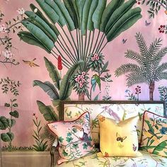 Tropical Chinoiserie at @degournay #Paris #Repost @quintessence
