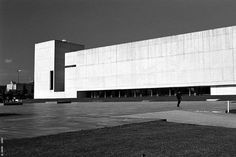 PAMPLONA - Facultad de Comunicación [arqs. VICENS+RAMOS] by Adrián Mallol (AMiM), via Flickr