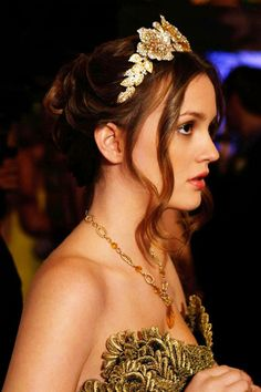 "Blair Waldorf wearing Marchesa at the prom in the episode ""Valley Girls""...... love the hairband"