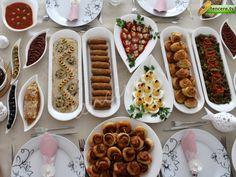 Brunch (Güldoğan Hanım) Healthy Popsicles, Homemade Popsicles, Steak Fajitas, Brunch Buffet, Brunch Menu, Cooking Yams, Cooking Recipes, Turkish Breakfast, Popsicle Recipes
