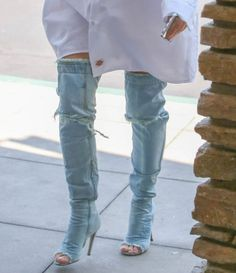 Pin for Later: Kim Kardashian Just Changed Everything You Thought You Knew About Jeans