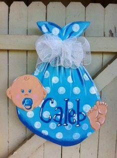 Super Ideas For Baby Activities Nursery Tuff Spot - Lilly is Love Hospital Door Hangers, Baby Door Hangers, Burlap Door Hangers, Baby Shower Crafts, Baby Crafts, Diy And Crafts, Tuff Spot, Wooden Door Signs, Wooden Doors