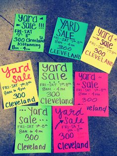 Yard Sale Signs Garage Sale Signs, Yard Sale Signs, Garage Sale Pricing, Sell Your Stuff, For Sale Sign, Clean Garage, Diy Garage, Yard Sales, Garage Sale Organization