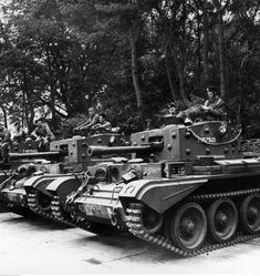 Bundesarchive Photos 1933 - all fields of WWII - Page 504 Cromwell Tank, School Of Philosophy, Warsaw Uprising, Military Intervention, Battle Fight, Austro Hungarian, Ww2 Tanks, The Third Reich, Military Vehicles