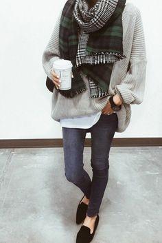 e0bcaa7c8b4f So kann man einen schicken Longpullover tragen - 60 Outfits