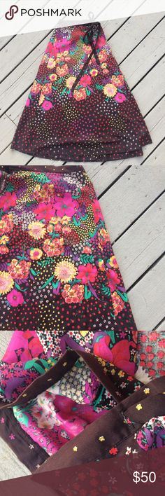 1970's Desert Winds Floral Wrap Skirt Beautiful unique print. Union tag inside the wrap. Due to the style of skirt it can fit small or medium sizes. 🌴 Vintage Skirts