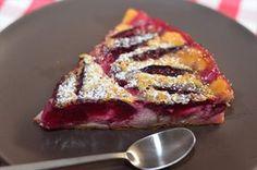 Clafoutis cu prune – un desert cu gust incomparabil! Plum Recipes, Fruit Recipes, Dessert Recipes, Cake Recipes, Cooking Recipes, Cooking Cake, Plum Pie, Quiche, Delicious Desserts