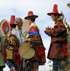 Facing the shaman oracle, Tibet