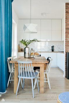 Mieszkanie II w zabudowie wielorodzinnej - Jadalnia, styl skandynawski - zdjęcie od SAŁATA-Pracownia Architektury Wnętrz - homebook