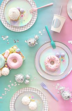 Main Image – Oh Happy Day Set of 8 Iridescent Paper Party Plates Hauptbild – Oh Happy Day Schillernde aus Papier Cute Food Wallpaper, Whats Wallpaper, Pink Wallpaper, Wallpaper Lockscreen, Imagenes Color Pastel, Pastell Party, Popcorn Bar, Rainbow Food, Party Plates