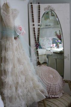 white tulle vintage prom dress ღ