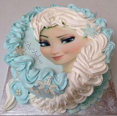 Reproduction d'un gâteau de Frozen e fiesta decoração :-)