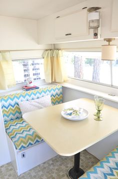 This is adorable! i'd like a couple for my back yard. danielle oakey interiors: DIY Vintage Trailer Reveal!