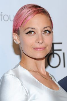 Nicole Richie's spring outfit is a GENIUS layering move