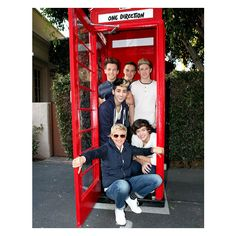 1D Phone Home Hot Pics ❤ liked on Polyvore featuring one direction, 1d, pictures, people and backgrounds