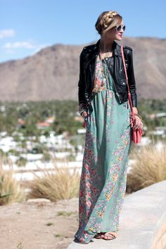 I like the floral maxi dress with the leather jacket. The jacket gives this soft boho look an edgy style. Love the contrast look! Passion For Fashion, Love Fashion, Womens Fashion, Style Fashion, Desert Fashion, Bohemian Style, Boho Chic, Hippie Chic, Bohemian Lifestyle