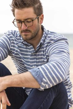 Stripes | Men's Fashion | Menswear | Men's Apparel | Men's Casual Outfit for Spring/Summer | Moda Masculina para Primavera/Verano | Shop at designerclothingfans.com