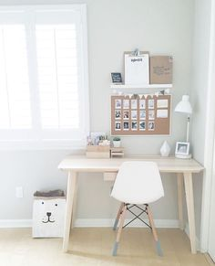 Ideas Bedroom Ideas For Small Rooms For Girls Simple Desk Areas – Modern Home Office Design Bedroom Desk, Room Ideas Bedroom, Small Room Bedroom, Bedroom Simple, Trendy Bedroom, Bedroom Furniture, Bedroom Girls, Dream Furniture, Small Room Desk