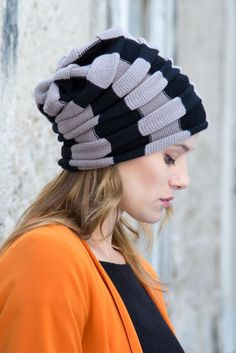 Super soft Iris Beanie by Mimoods Knits, handmade in our atelier.