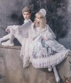 LolitaWardtobe - Bring You the latest Lolita dresses, coats, shoes, bags etc from Trustworthy Taobao indie Brands. We never resell Lolita items from untrustworthy Taobao stores. Harajuku Fashion, Kawaii Fashion, Lolita Fashion, Cute Fashion, Gothic Dress, Lolita Dress, Gothic Lolita, Japanese Fashion, Asian Fashion